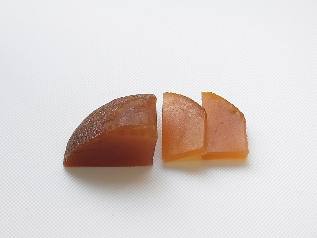 丸柚餅子の切り方5.短冊切り - 柚餅子総本家中浦屋